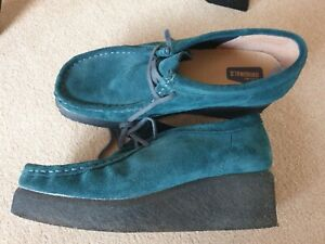 Retro Cool Clarks Originals Green Creepers Wallabee Shoes Size 6. Worn Once