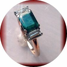 18KT GOLD, EC  EMERALD AND DIAMOND Bgtts RING