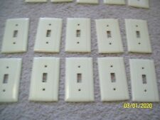 VINTAGE  LOT OF 10 RIBBED BAKELITE SWITCH COVERS uniline Mid century USA