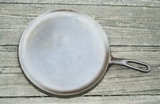Wagner Ware Cast Iron No.9 Round Griddle 1109 C