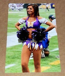 MINNESOTA VIKINGS sexy NFL CHEERLEADER 🏈 4x6 GLOSSY PHOTO 🏈 (#W247) hot !!