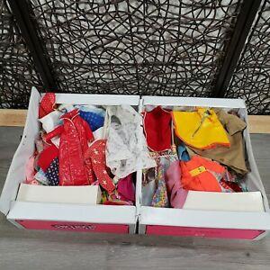 VINTAGE BARBIE FRANCIE SKIPPER CLOTHES LOT W/ FASHION DOLL TRUNK ESTATE FIND