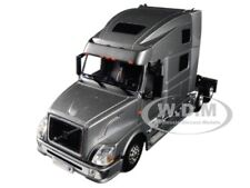 VOLVO VN780 6X4 3 AXLE SLEEPER CAB SILVER 1/50 DIECAST BY WSI MODELS 33-2030
