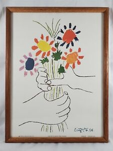 PABLO PICASSO Hand With Flowers Lithograph Litho Portal Publications 12.5 x 16.5