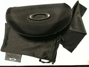 New authentic Oakley Vault Sunglasses Hard Case W/cleaning cloth & dust bag