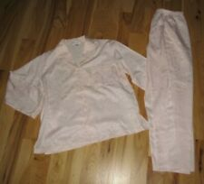 """NWT Miss Elaine PetiteMed Pink  """"touch the inside"""" Embrodiered Pajamas Medium"""