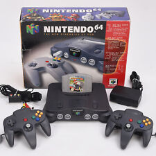 N64 / Nintendo 64 Konsole + 2x Neu Controller Schwarz + Mario Kart 64 ► OVP