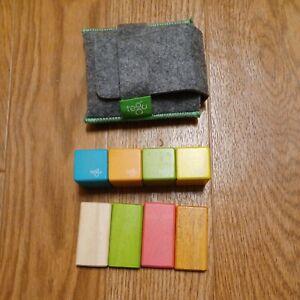 Tegu Pocket Pouch Magnetic Wooden Block Set 8 Piece + Felt Pouch colorful