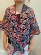 hand-crochet elegant and stylish shawl/cape