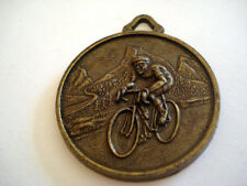 MEDAILLE CHATEAUNEUF LES MARTIGUES FRANCE CYCLISME