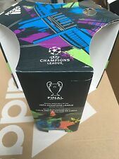 Adidas champions league 2015 Berlin Presentation box - ball not included
