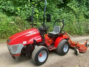 McCORMICK GR30 4WD Compact Tractor & Finishing Mower  *** WATCH VIDEO ***