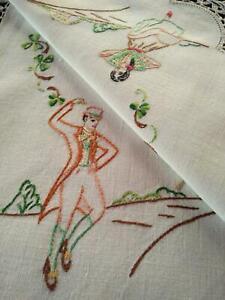"""Luck of the Irish"" Dancers/Shamrocks Vintage Hand Embroidered Centrepiece"