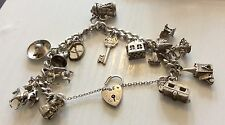 Superbo Donna molto pesante VINTAGE solid silver charm bracelet with Opening charms