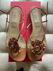 Authentic WOMENS Valentino sandals, size 39