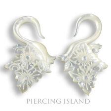 Paar 4mm organische Ohr Piercings Handarbeit Perlmutt Muschel Edles Design 311b