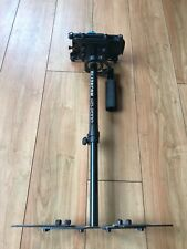 Glidecam hd-2000 hand-held stabilizer With Benro Style Quick Release Plate.