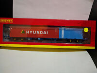 Hornby R6927 Touax KFA with 20ft and 40ft container 93324 wagon BNIB