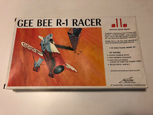 Williams Bros 1:32 Scale Gee Bee R-1 Racer Boxed Plastic Model Kit New Open Box