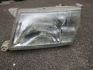 Lexus LS400 1996 Passenger Headlight