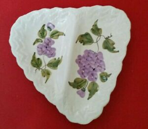 Fancy dish Flower Patten in very good condition  made in Italy
