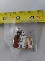 Vintage Disney 101 Dalmation Rare Button Pin Pinback *QQ16-2