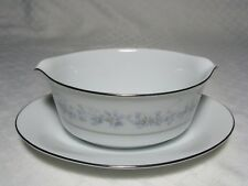 Noritake Marywood Gravy Boat 2181, Attached Underplate, Contemporary Fine China