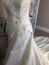 Satin Plunging Sleeve Wedding Dresses