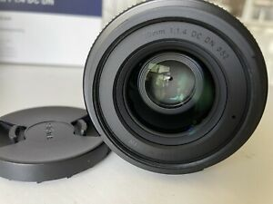 Near New sigma 30mm f1.4 dc Dn Aps-c Lens For Leica L Mount CL/TL