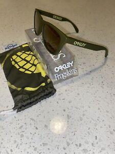 BNIB Oakley Grenade Frogskins - Dark Olive Green with Gold Iridium RARE