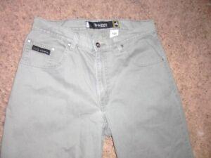 Vintage Levi's Silver Tab Baggy Jeans Gray Khaki  Mens 34 x 32