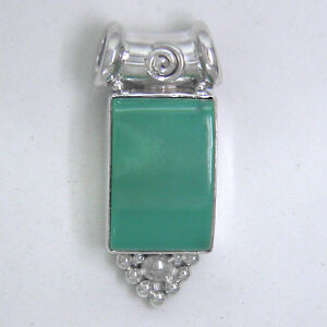 Offerings Sajen 925 Sterling Silver Hand-Crafted Turquoise Pendant
