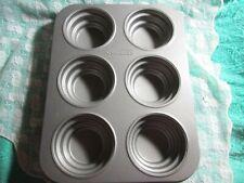 New listing Cake Boss Mini Tier Cake Pan, Round Cakelette Nonstick Aluminum, Makes 6
