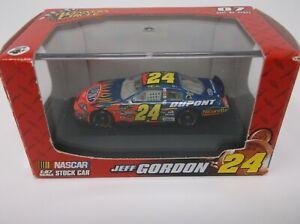 Winner's Circle Jeff Gordon #24 1:87 Dupont Car #47852