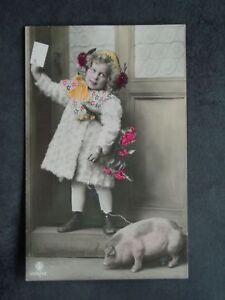 KINDER - Foto-AK - Mädchen Glücksschwein Schwein Ferkel Geburtstag - 1908