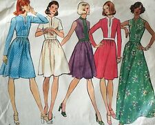 CUT VINTAGE 1970'S 'VOGUE' BASIC DESIGN DRESS PATTERN 1017 SIZE 8