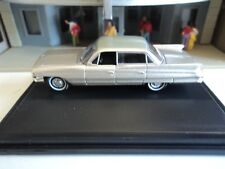 Oxford  1961 CADILLAC  SEDAN  DeVILLE  Aspen Gold  1/87  HO  diecast car GM NEW