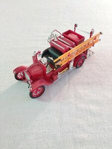 Signature Models, 1926 Ford Model T Fire Truck, 1:32 Scale, Diecast Model