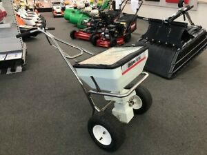 Shindaiwa RS76S Commercial 36.8 Litre Broadcast Spreader  RRP $929