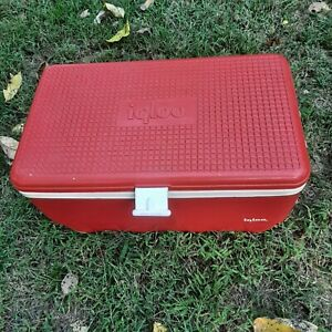 Igloo Cooler 48 Quart Red Ice Chest Plastic Picnic Camping Travel Trip Vintage