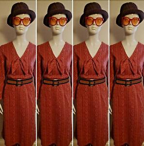 Vintage 1970's Red Day Dress. Size L.