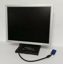 "19"" Samsung SyncMaster 940B LCD Monitor - Silver"
