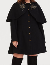 Torrid beautiful Deep Black Harry Potter Embroidered Capelet (Cape) Coat size 4