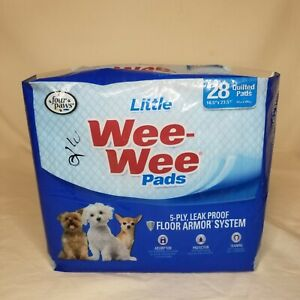 Four Paws Wee-Wee Small Dog Training Pads 28-Count Little 16.5 in X 23.5 in