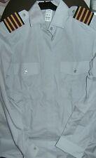 Camisa de mujer de color principal gris