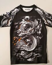 "Rashguard Venum ""DRAGON'S Flight "" Compression MMA - Manches Courtes - Noir"