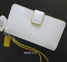 NWT COACH White/Yellow Pebbled Leather Universal Cell/ ID Wallet /Wristlet NEW