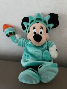 Minnie Mouse Statue of Lady Liberty New York Disney store soft toy plush