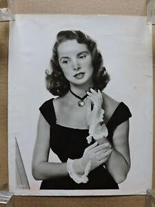 Janet Leigh original fashion glamour studio portrait photo 1949 MGM