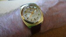Vintage Jaquet Droz alarma 17j, fecha, chapado en oro, excelentes condiciones de funcionamiento &.
